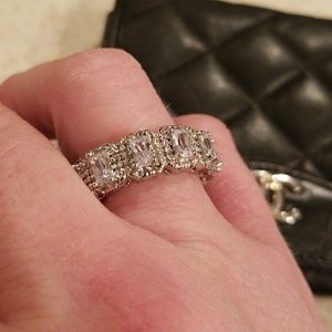 Jewelry - New Chunky White Topaz & CZ Band Size 8.5